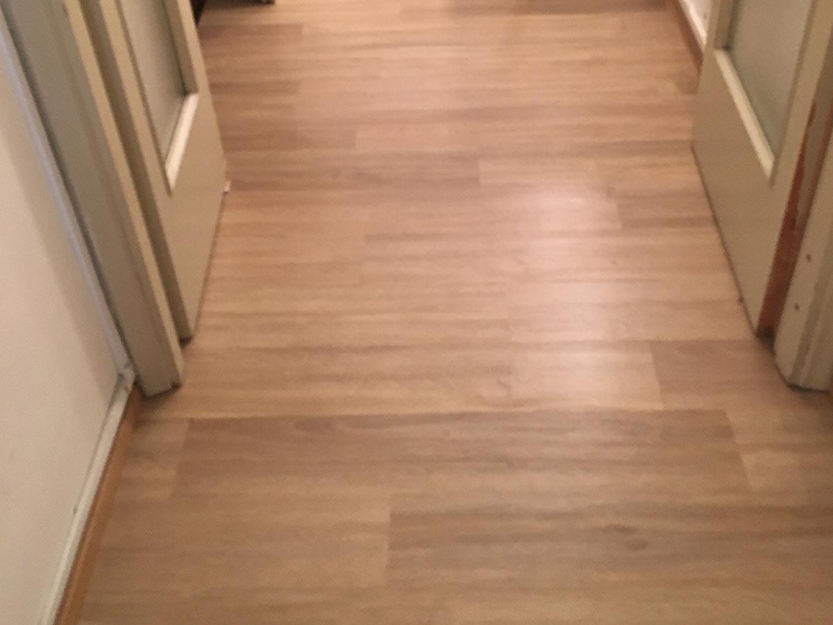 Pavimenti In Pvc Ad Incastro pavimento pvc a click effetto rovere